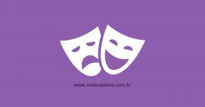 Arte em fundo roxo com ícone das máscaras do drama e da comédia em branco