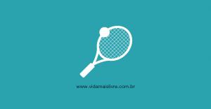 Em fundo verde, ícones brancos de uma raquete e uma bola de tênis